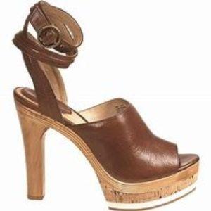 Frye Kara Trapunto Triple Wrap Ankle Strap Slide